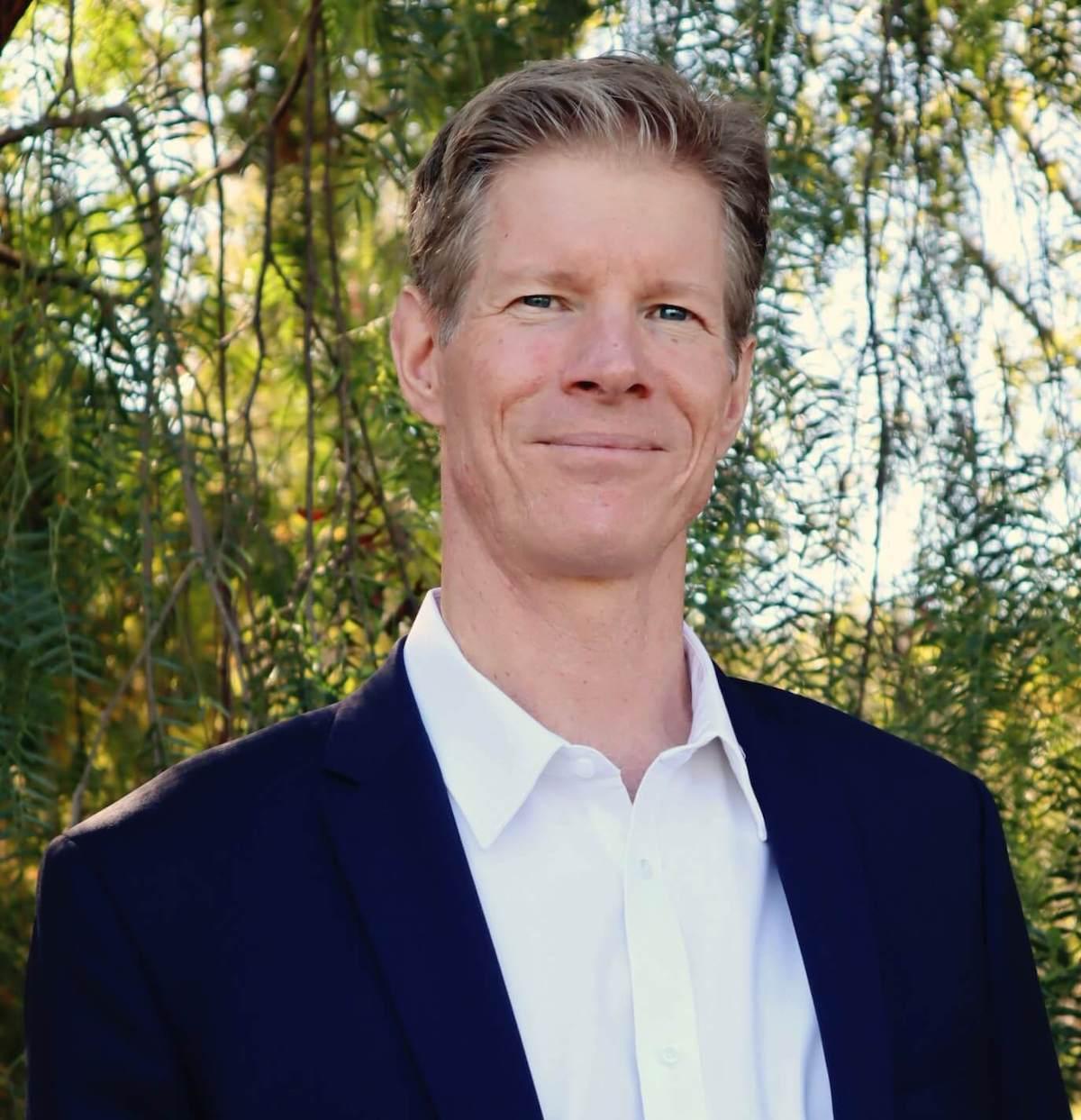 Thomas A. Derse, CFA